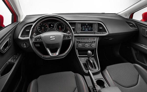 Seat leon dimensions uk interior and exterior stats carwow for Interieur seat ibiza cupra