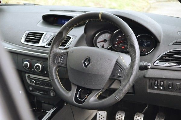 renault megane renaultsport 265 uk review carwow. Black Bedroom Furniture Sets. Home Design Ideas
