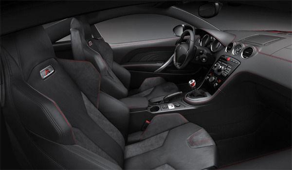 Peugeot RCZ-R interior
