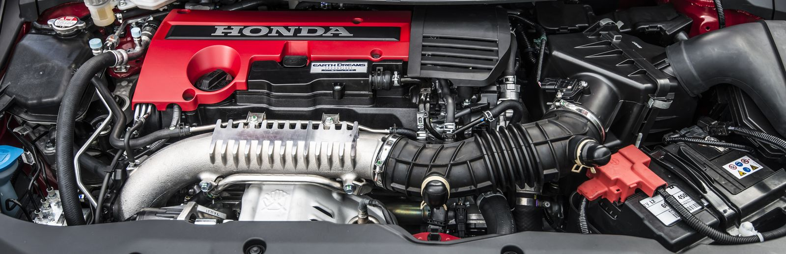 Is the new civic type r better than the old one carwow for Civic type r motor