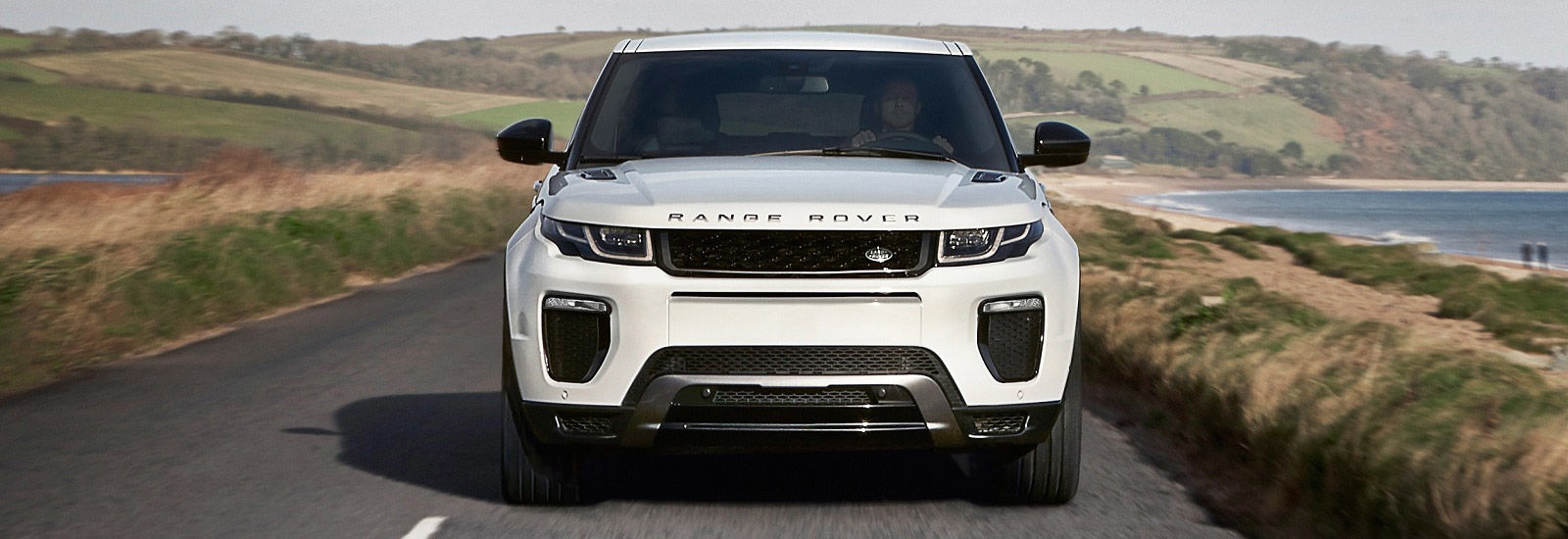 range rover evoque sizes and dimensions guide carwow. Black Bedroom Furniture Sets. Home Design Ideas