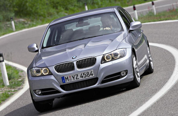 2012 bmw 3 series what s different carwow. Black Bedroom Furniture Sets. Home Design Ideas