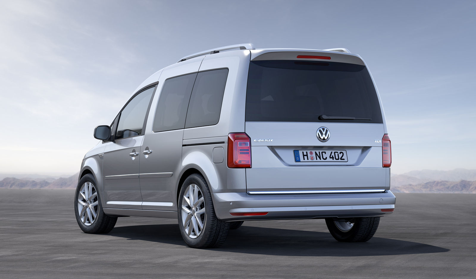 2015 volkswagen caddy life mpv unveiled carwow. Black Bedroom Furniture Sets. Home Design Ideas