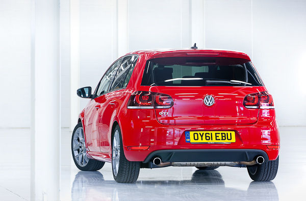 VW-Golf-GTI-rear