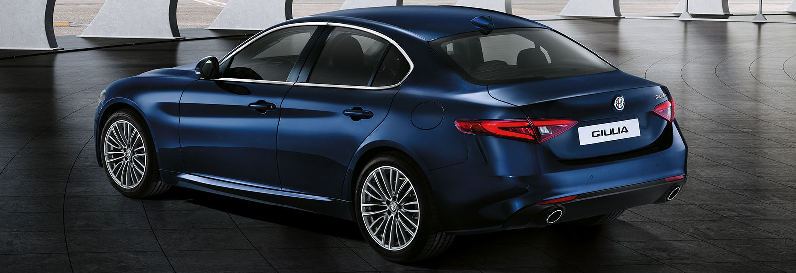 2017 alfa romeo giulia coupe price specs and release date carwow. Black Bedroom Furniture Sets. Home Design Ideas
