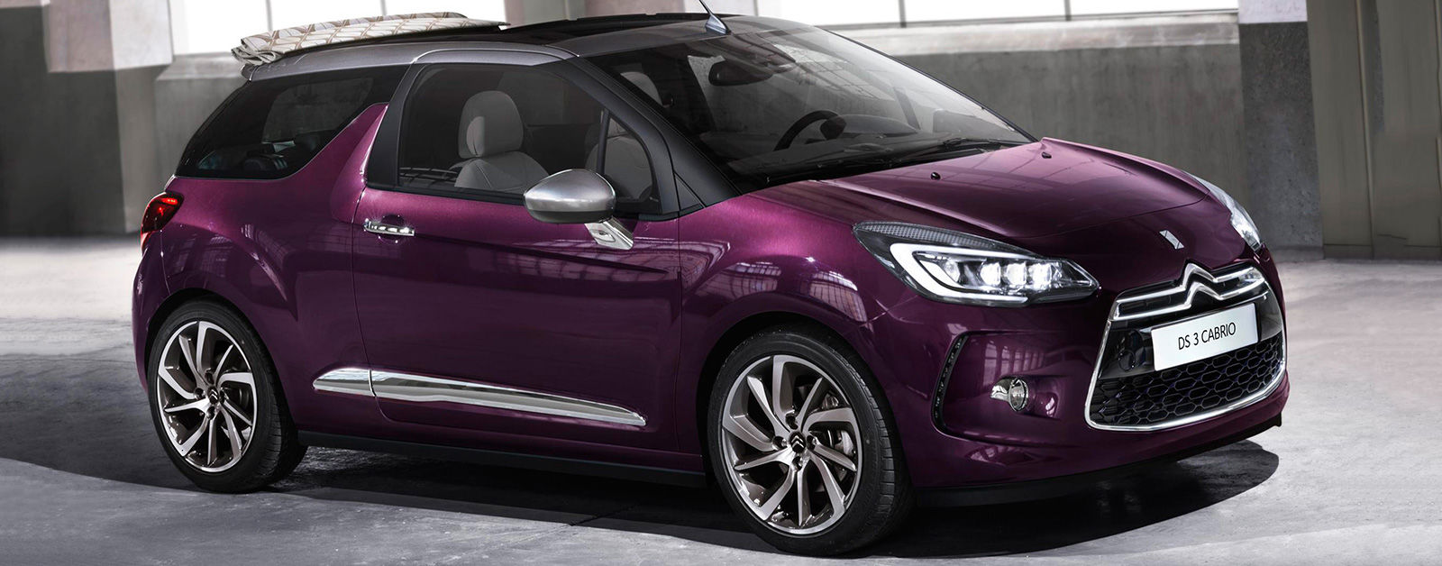 Colour a car - The Ds 3 Is Already A Funky Looking Car But This Optional Colour Really Makes It Stick Out It S Rich And Deep And Changes According To How The Light Is