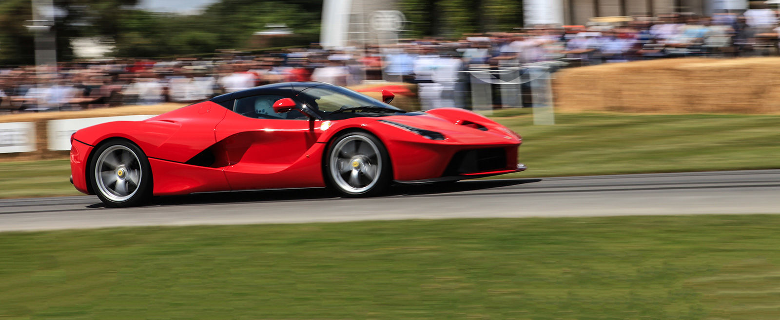 Arguably The Most Iconic Car Colour Ever, Ferrariu0027s Rosso Corsa (racing  Red) Has Graced Most Of Its Cars Throughout Its History. Design Ideas