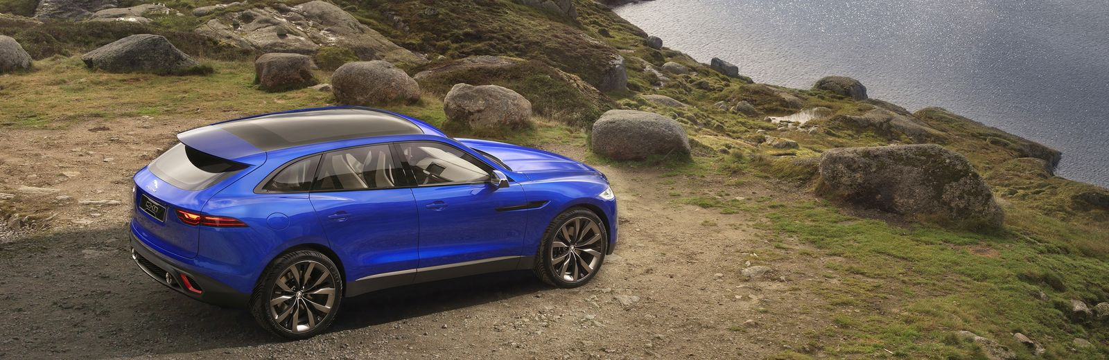 jaguar reveals its new 2016 f pace suv carwow. Black Bedroom Furniture Sets. Home Design Ideas