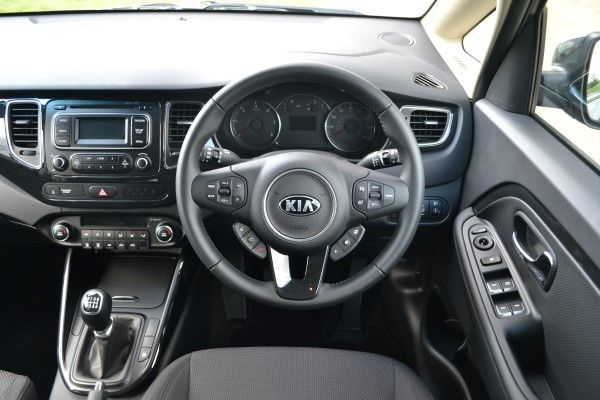 Kia Carens driving position