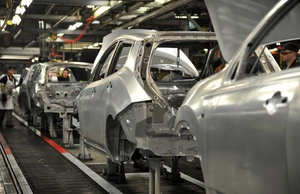 Nissan Leaf production