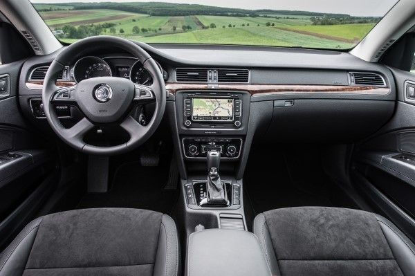 Skoda Superb Estate dashboard