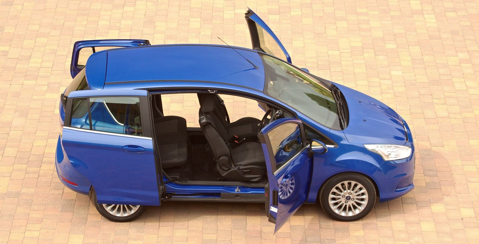 Small Car Doors : Top cars for fitting child seats carwow