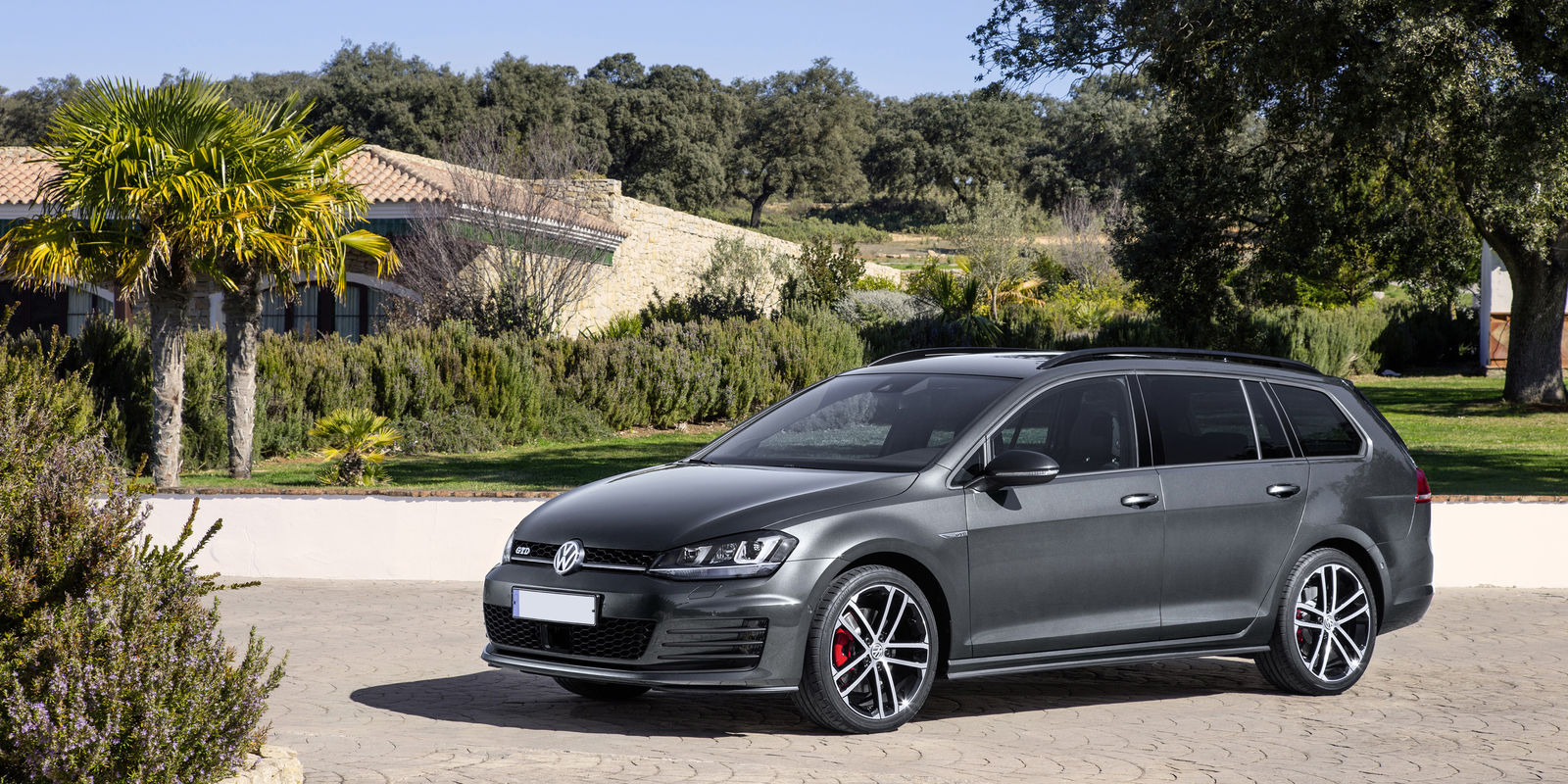 Volkswagen Golf Gtd Estate Review Carwow