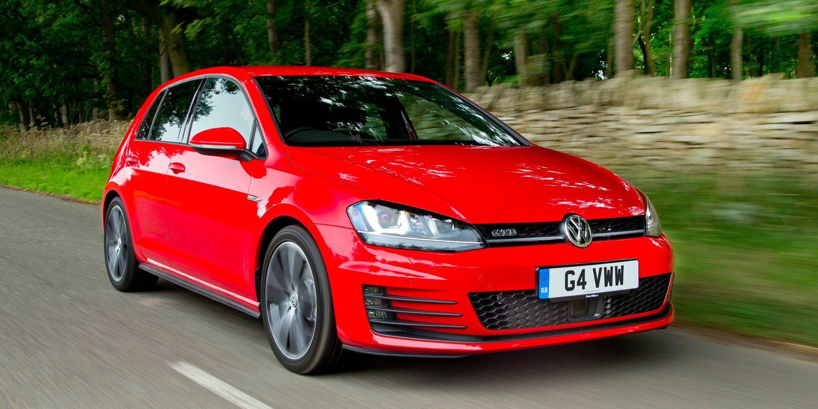 volkswagen golf gtd review deals carwow. Black Bedroom Furniture Sets. Home Design Ideas